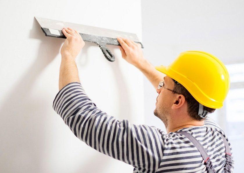 Шпаклювання стін під шпалери