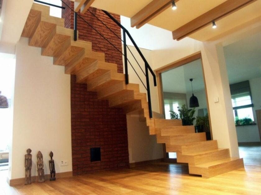 Як спроектувати сходи так, щоб вони були зручними та безпечними у користуванні