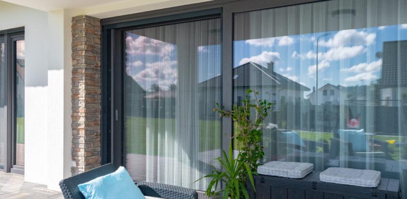 Розсувні металопластикові двері на терасу - як обрати?