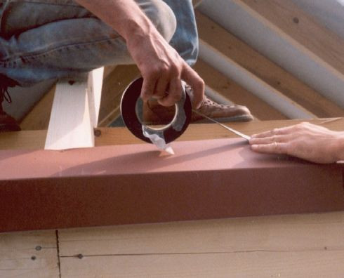 Правильне укладання первинних покривних мембран - крок 4