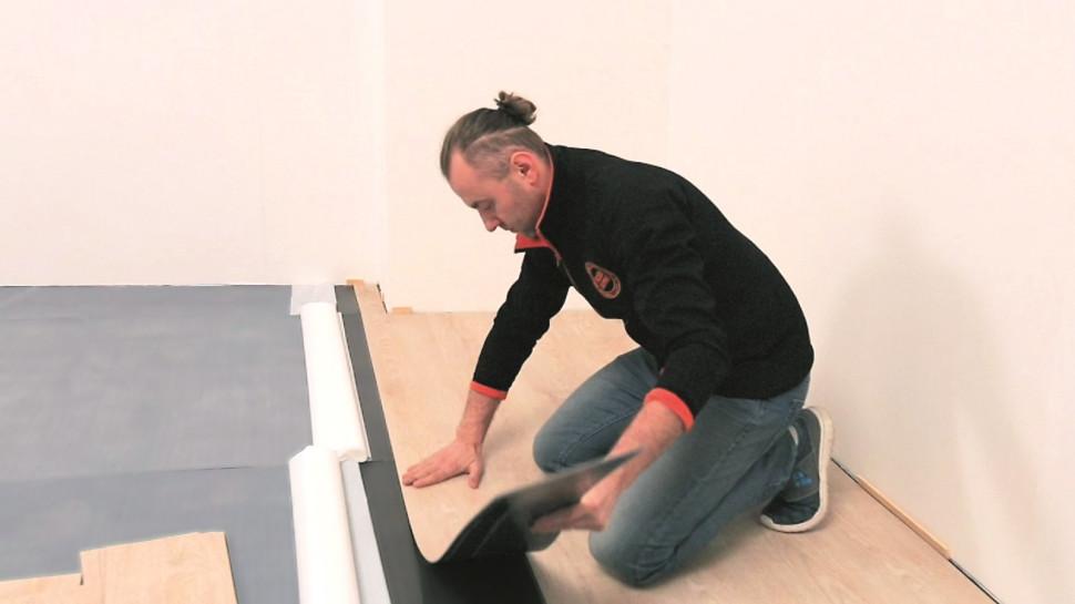 Як укладати вінілову підлогу1