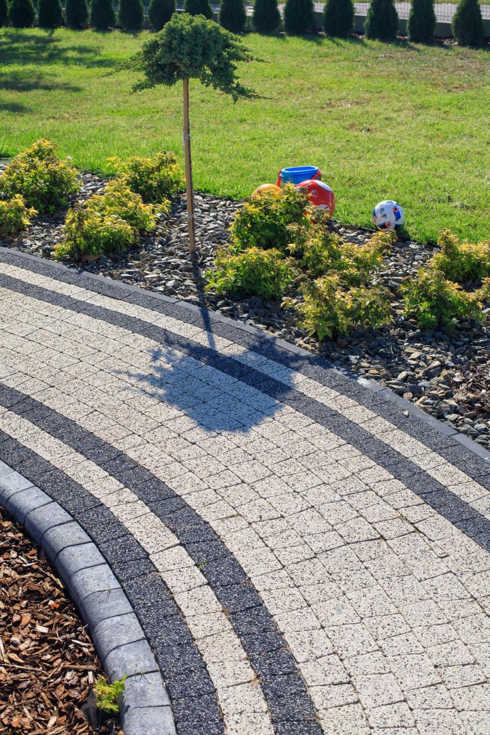 зробити садові доріжки
